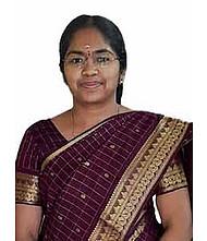 Dr.  Kavitha S, Physician