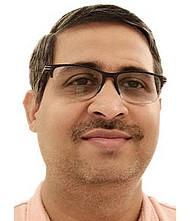 Dr.  Shashank Joshi, Neurosurgeon