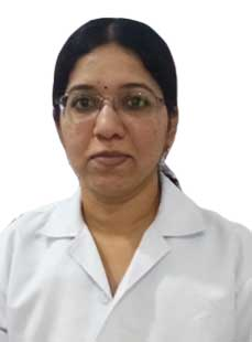 Dr.  R Gayatri, Ophthalmologist