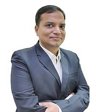 Dr.  Vishnu Agarwal, Oncologist