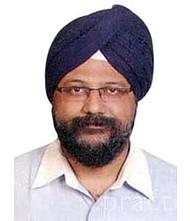 Dr.  Balbirsingh Kohli, Physician