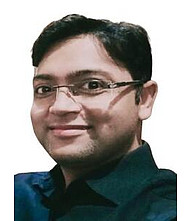 Dr.  Bhushan Murkey, Gynaecologist