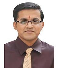 Dr.  Mayur Vyawahare, Orthopedician