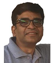 Dr  Ravi Shah, Orthopedician