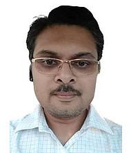 Dr.  Vivek Gupta, Orthopedician