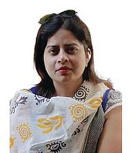 Dr.  Shalini Gupta, Dentist